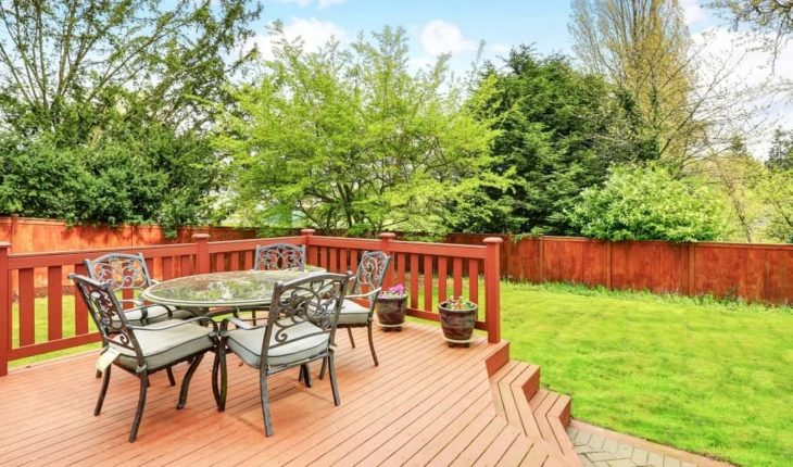 9 Common Mistakes to Avoid When Designing Your Deck Furniture Layout