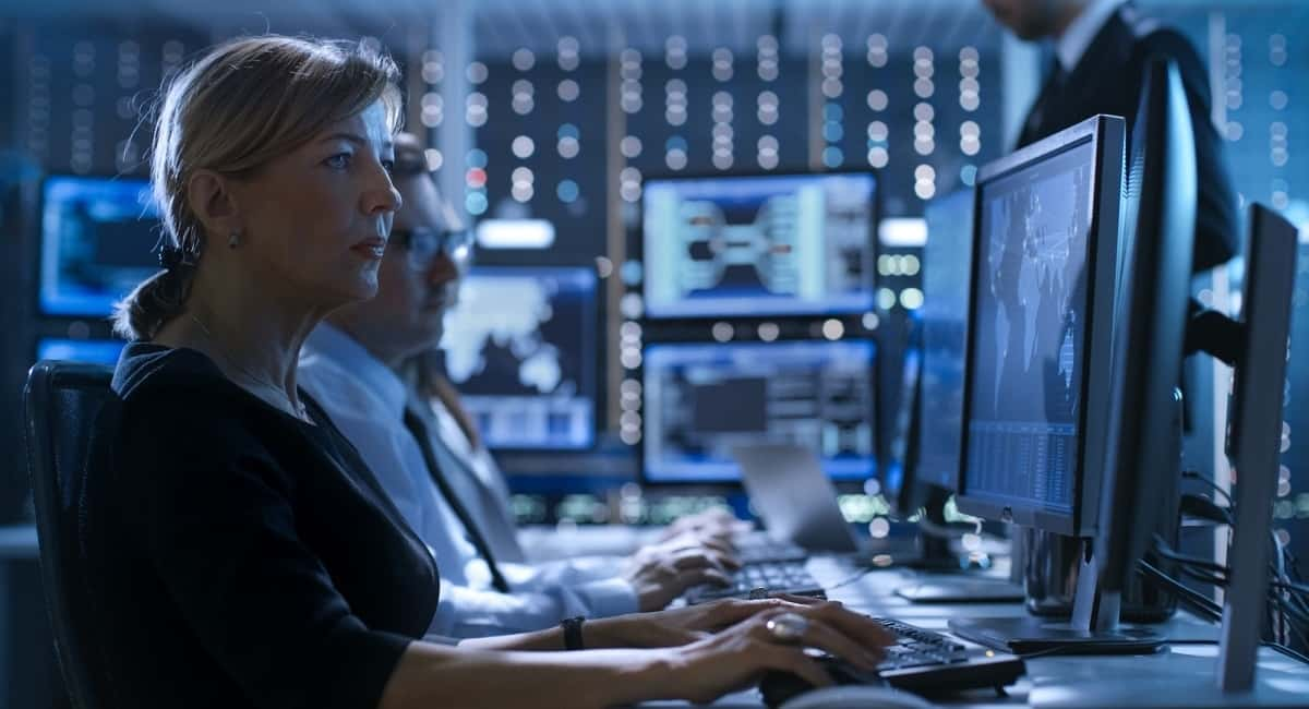 How To Become A Cybersecurity Expert