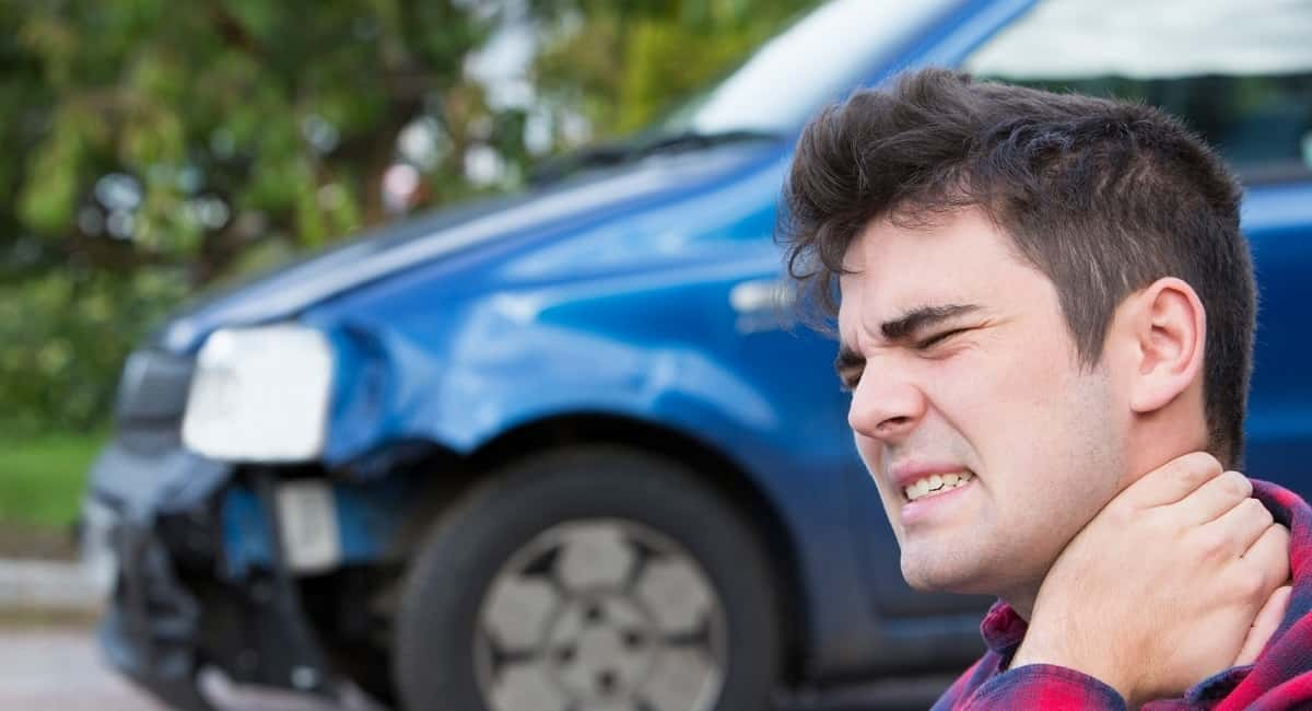 What a Pain in the Neck: Signs of Whiplash from a Car Accident