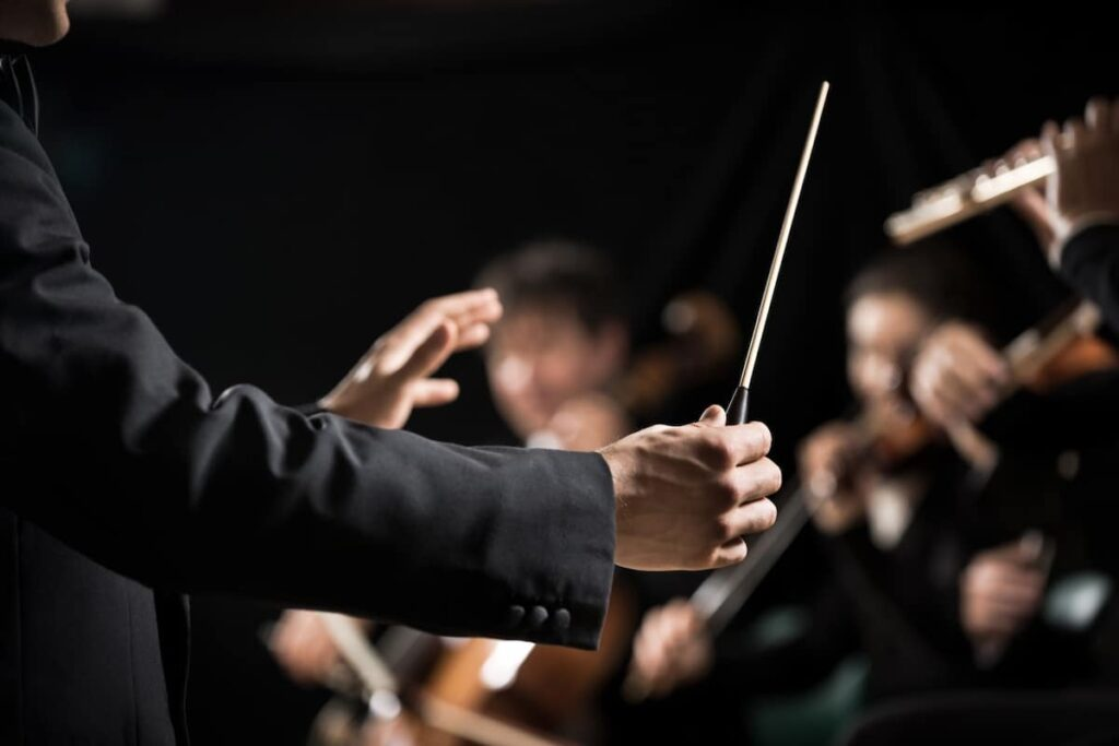 Private jet private travel costs for touring orchestras